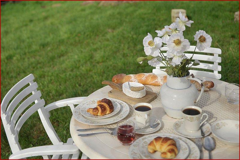 ontbijtje in de zon.